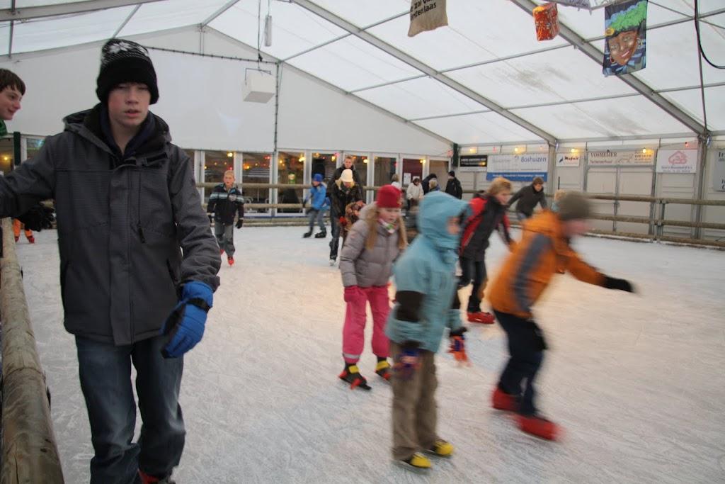 Sinterklaas bij de schaatsbaan - IMG_0327.JPG