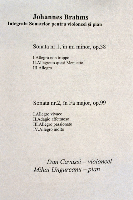 Violoncelistul Dan Cavassi - (72)