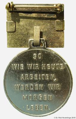 126 Medaille für ausgezeichnete Leistungen 1960 www.ddrmedailles.nl