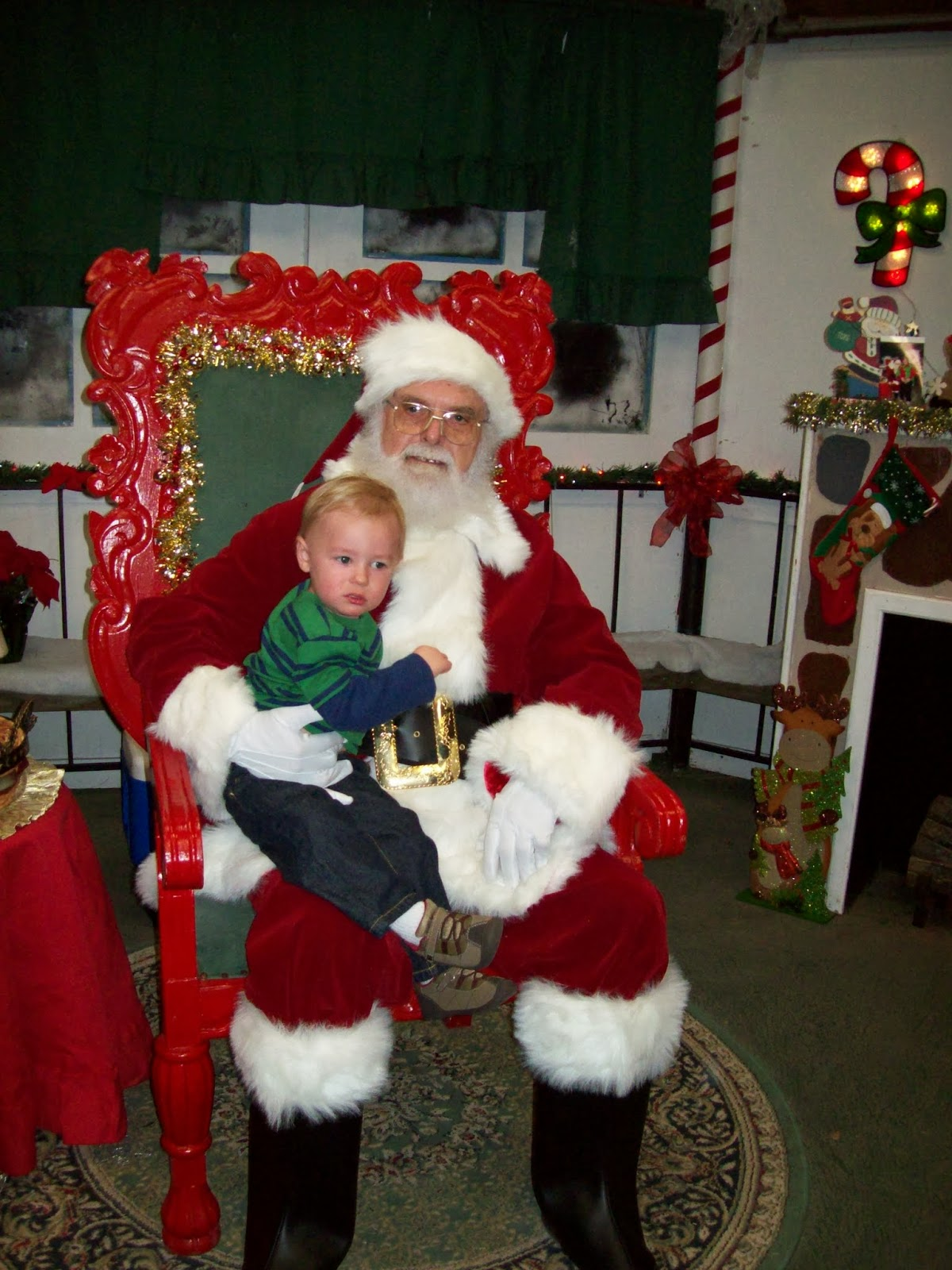Visiting Santa - 114_6756.JPG
