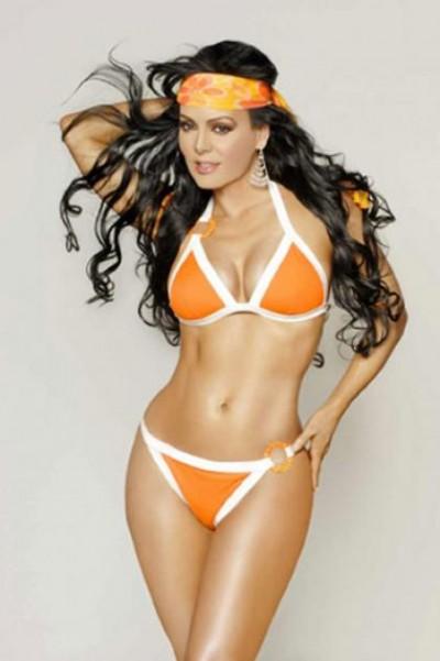 Latin Divas In Bikini
