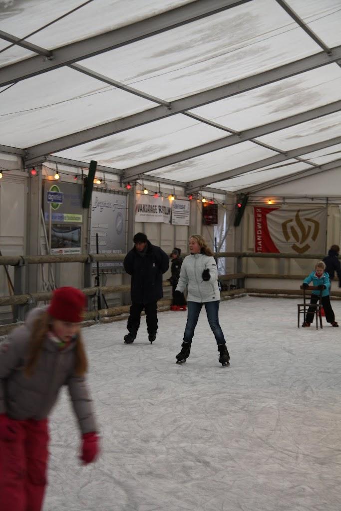 Sinterklaas bij de schaatsbaan - IMG_0376.JPG
