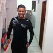 Leandro B