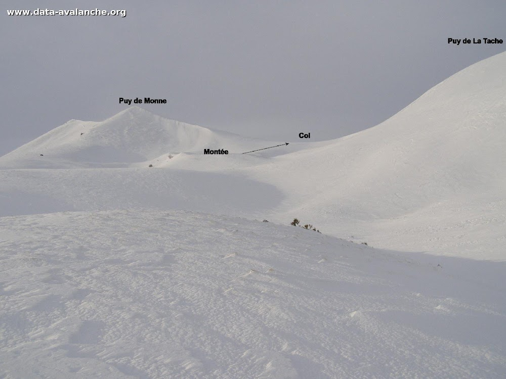 Avalanche Massif Central, secteur Puy de la Tache - Photo 1