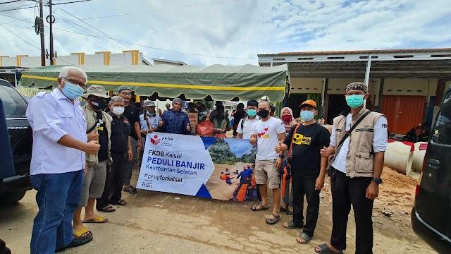 Polda Kalsel Sampaikan Ucapan Terimakasih Kepada Tim Peduli Banjir FKDB
