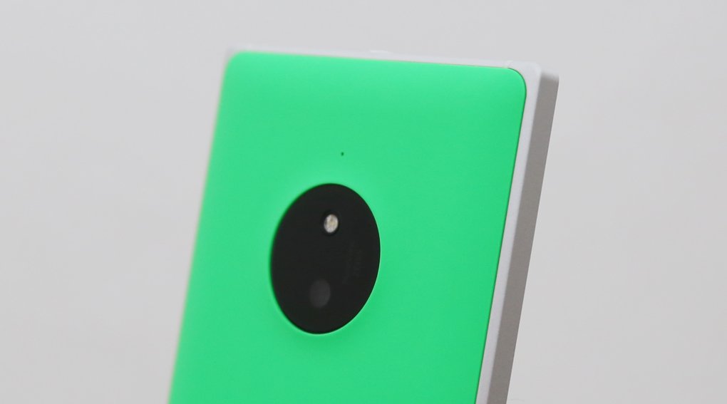 Lumia 830 giảm giá