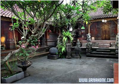 Rumah Bergaya Klasik Bali Asli