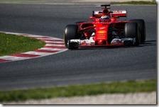 Kimi Raikkonen nei test di Barcellona 2017