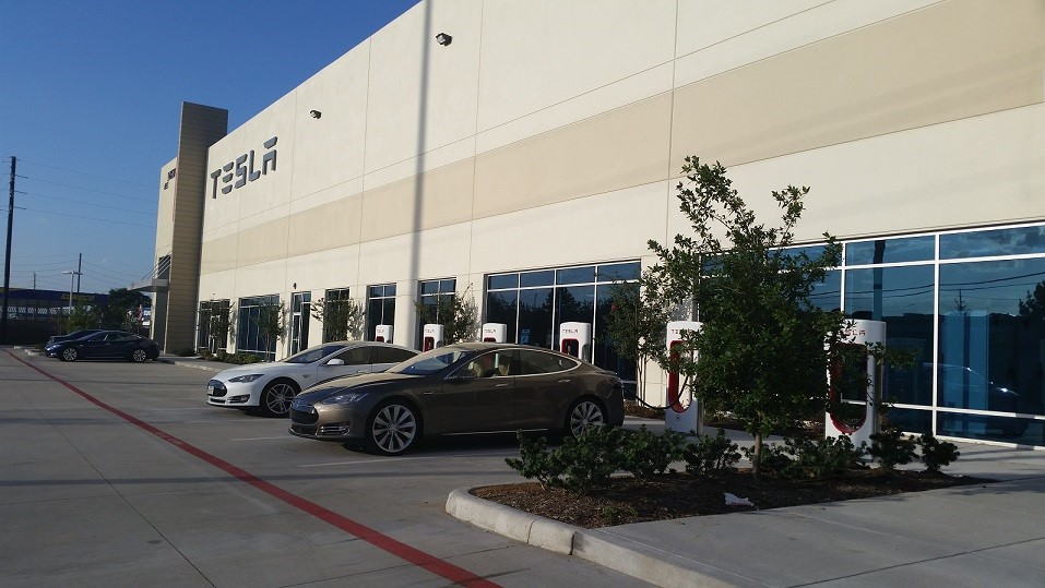 Tesla service center dallas