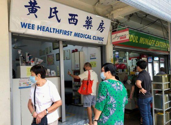Sebagian Warga Singapura Pilih Sinovac karena Ragu Metode Vaksin Barat