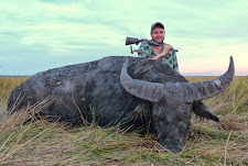 Duncan Fraser from New Zealand with a big bodied bull that took 6 shots with a 470 Nitro.