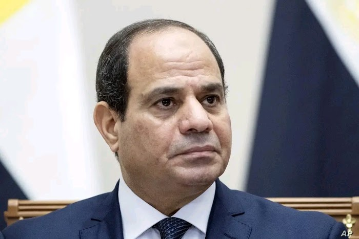 """""""Resign now"""" - Egyptians storm major cities in protest Against President Fattah"""