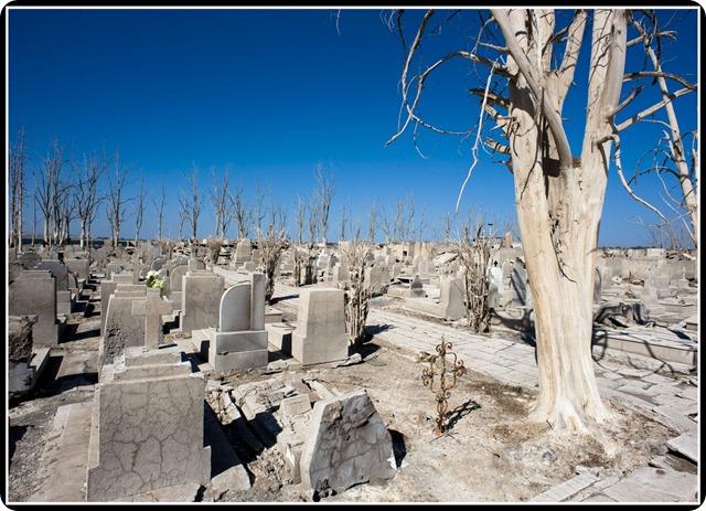 epecuen-cementerio
