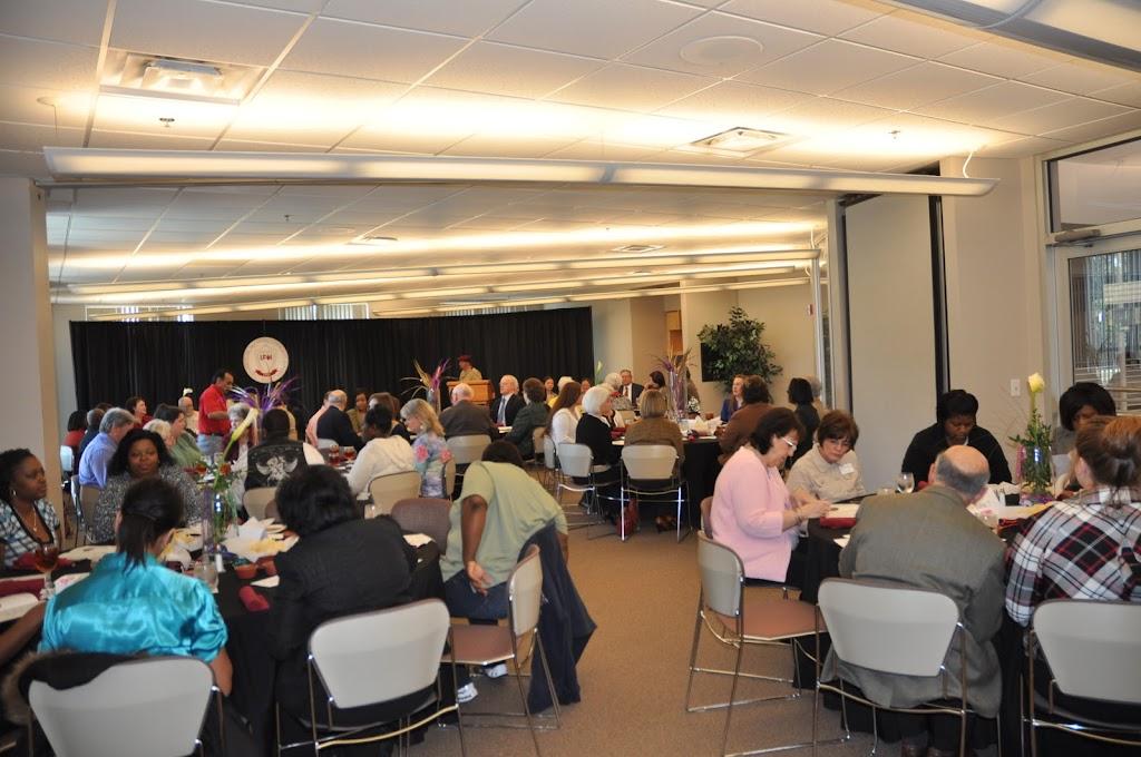 Scholarship Ceremony Spring 2011 - DSC_0052.JPG