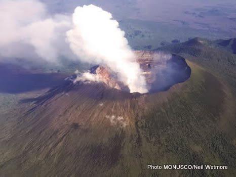 ERUPTION DE NYIRAGONGO, UNE HORRIBLE CATASTROPHE NATURELLE QU'ON NE PEUT VAINGRE ? Volcan