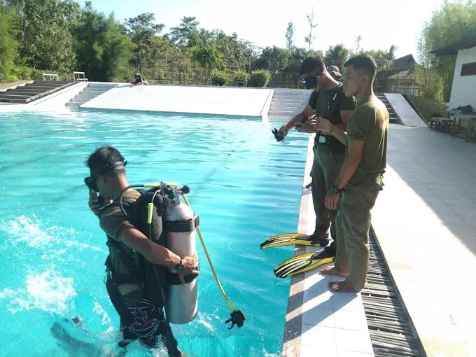 Tingkatkan Kemampuan, Batalyon A Pelopor Brimob Kaltim Laksanakan Latihan Selam