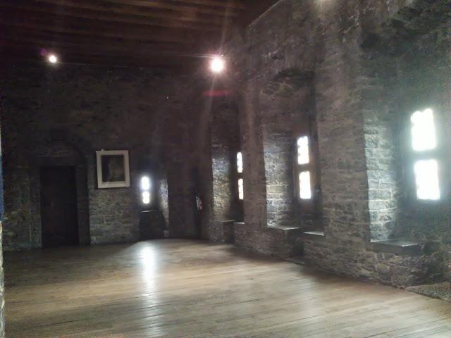 Interior del Castillo de los Condes
