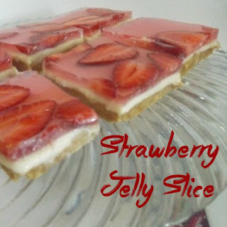 No Bake Strawberry Jelly (Jello) Slice