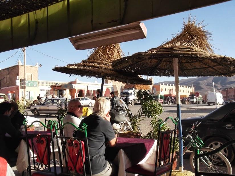 Marrocos e Mauritãnia a Queimar Pneu e Gasolina - Página 12 DSCF1382