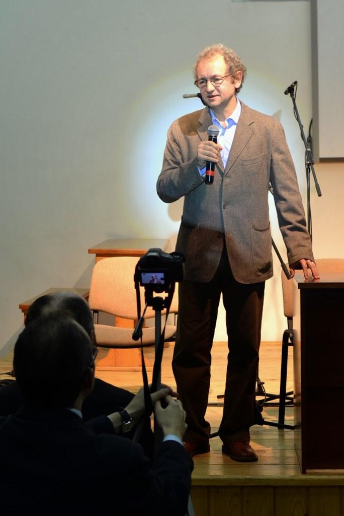Conferinta Despre martiri cu Dan Puric, FTOUB 053