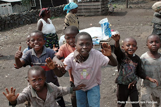 Des enfants de Rutshuru (Nord-Kivu) après que les FARDC ont libéré ce territoire de l'occupation des rebelles du M23 (Mercredi 13 novembre 2013).