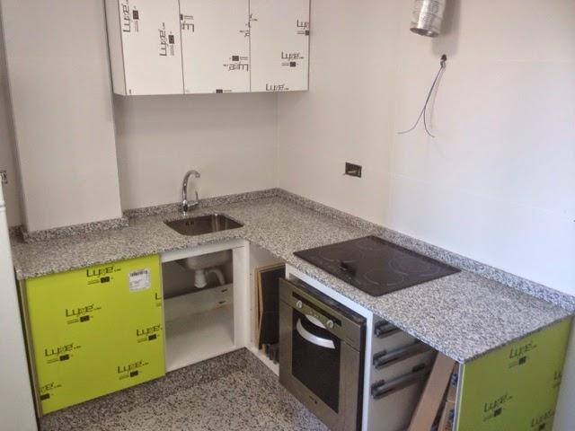 Encimeras de cocina trabajos en piedra decoraci n y for Colores de granito para encimeras