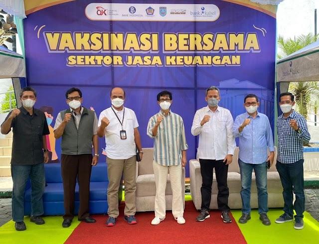 OJK Bersama Bank Kalsel Martapura Gelar Vaksinasi Massal Tahap III