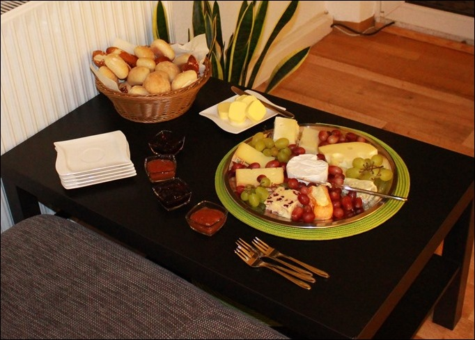 Dekoideen Dinnerparty Tischdeko Menükarte Stampin Up Käseplatte anrichten