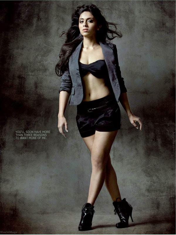 Upcoming Actress Zoa Morani