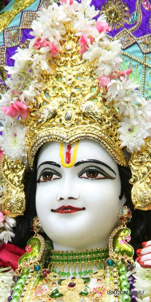 ISKCON Juhu Sringar Deity Darshan on 24th July 2016 (35)