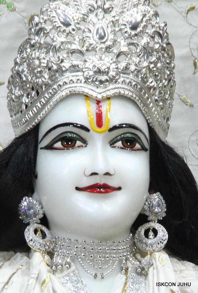 ISKCON Juhu Mangal Deity Darshan on 8th Sep 2016 (14)