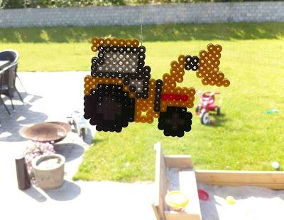 Hama perler traktor
