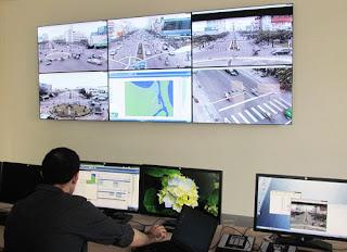 danang-beach-hotel-traffic-control-signals