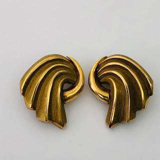 18K Gold Wander Modernist Earrings