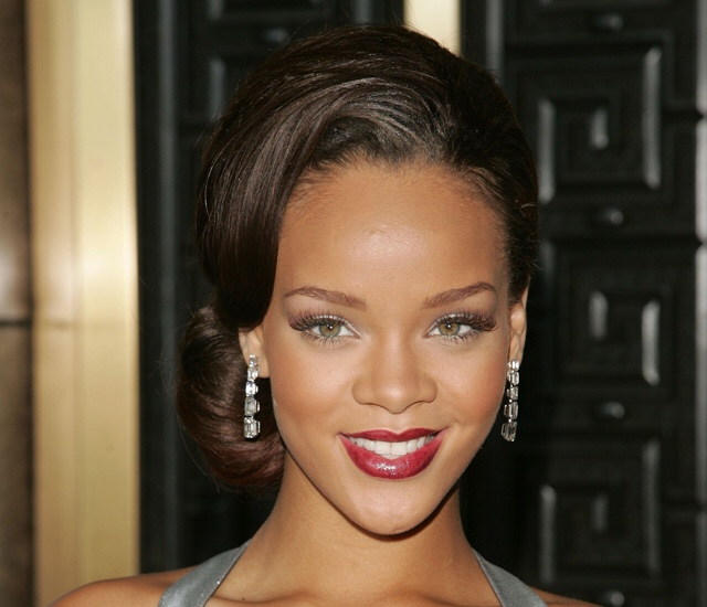 Rihanna in Zac Posen, 2006 Fashion Rocks