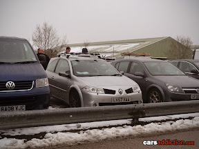 Another car nut fan with his Renault Megane Sport with roof rack