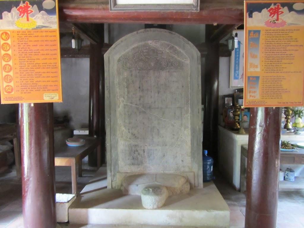 0008Ngo_Quyen_Temple