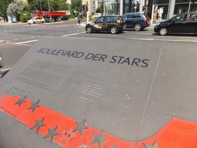 Marlene-Dietrich-Platz, Potsdamer Platz, Berlín, Elisa N, Blog de Viajes, Lifestyle, Travel, Boulevard des Stars