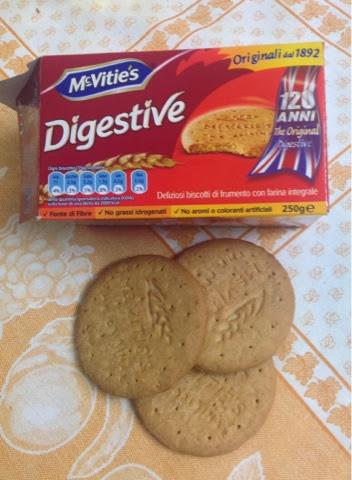 Questo biscotto è decisamente gustoso, è composto da farina integrale e  frumento, hanno un sapore dolce non stucchevole e anche un leggero  restogusto di