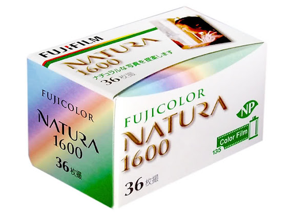Leica M6 + 福倫達VM 50mm f1.1 + Fujifilm Natura 1600