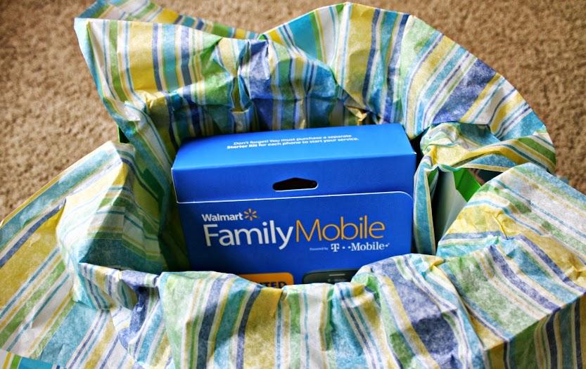 Walmart Family Mobile Makes a Great Gift #shop #cbias #FamilyMobileSaves