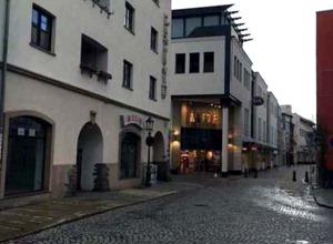 Schumannplatz_Magazinstrasse