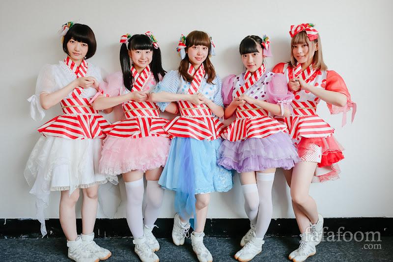 Left to right: Mai Imai, Nami Yamada, Misa Kimura, Rurika Miyajima, Eru Shiina