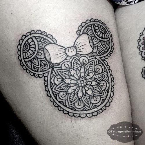esta_intrincada_de_minnie_mouse_tatuagem
