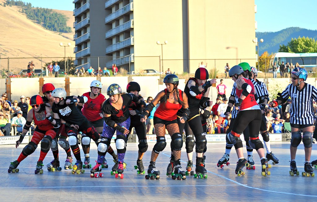 Hellgate Roller Girls - Roller Derby. Photo by Carol Blodgett