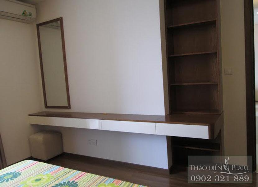 tủ tài phòng ngủ căn hộ cho thuê tại Thảo Điền Pearl