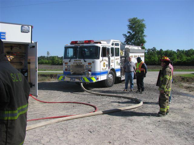 Floyd Farm Service Fire 024.jpg
