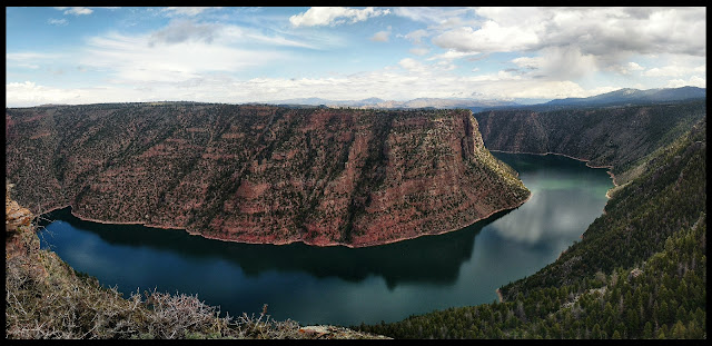 Flaming Gorge's Red Canyon