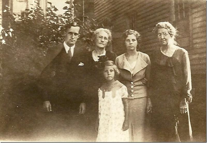 MILNE_Robert_HUNTER_Florence_MILNE_Joan_BURGESS_Susan_MILNE_Pat_1934