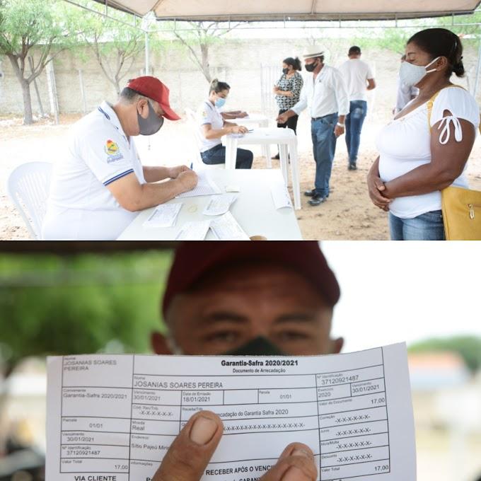 PREFEITURA DE AFOGADOS ENTREGOU BOLETOS DO GARANTIA-SAFRA